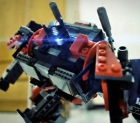 "Transformers News: New Transformers Kre-O Stop Motion from Hong Kong Toys""R""Us"