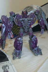 New Images Of Transformers DOTM Voyager Class Shockwave