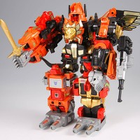 Transformers News: Official Images of Takara Tomy's 2010 Reissue Predaking and the Predacons