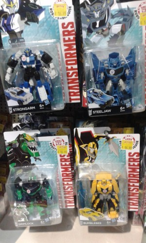 Transformers News: Transformers: Robots in Disguise Warriors Wave 1 Sighted at Irish Retail