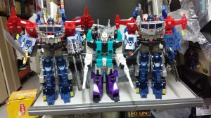In-Hand Images of Takara Tomy Transformers Legends LG-EX God Ginrai