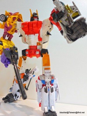 Transformers News: In-Hand Images - Transformers Generations Combiner Wars Superion