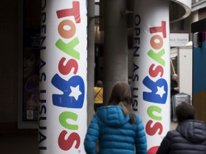 Decision For Toys R Us Postponed and New Statement From Toys R Us Canada