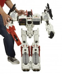 Transformers News: Official Images: Transformers Generations Titan Class Metroplex with Scamper