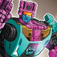 Transformers Collector's Club Issue #33 Cover: G2 Redux Breakdown and Generations Red Alert