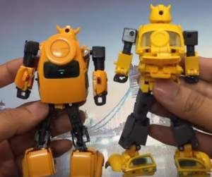 Video Reviews for Transformers MP 44 Optimus Prime 3.0 and MP 44 Bumblebee
