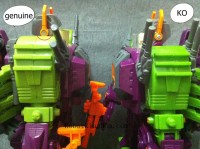 Transformers News: Buyer Beware: Counterfeit G1 Scorponok - Comparison Images