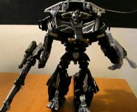 Transformers News: Voyager Recon Ironhide Video Review