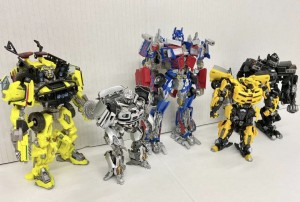 Takara Tomy Release New Images Of MPM-11 Ratchet With Rest Of Transformers 2007 Autobots