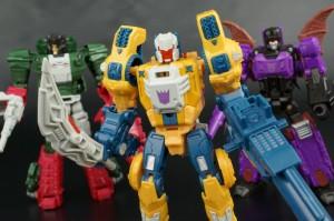 Transformers News: New Galleries: Titans Return Wolfwire, Mindwipe and Legends LG-22 Skullcruncher