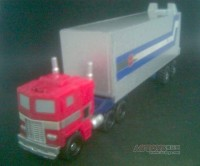 Transformers News: RTS Legends G1 Optimus Prime trailer?
