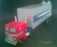 RTS Legends G1 Optimus Prime trailer?
