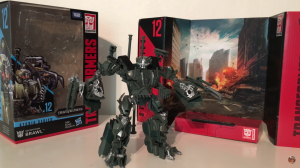 Video Review of Transformers Studio Series Voyager Brawl