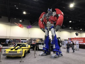 Transformers News: #HASCON Early Look at Hasbro Transformers Area, plus All Exclusives Display