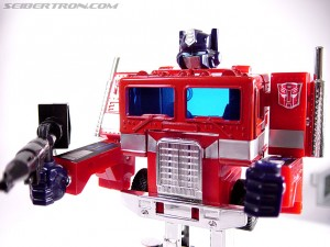 Transformers News: RUMOR UPDATE\CONFIRMATION: G1 Optimus Prime Reissue