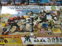 "Toys""R""Us Exclusive Kre-O Transformers Devastator with Bonus Ironhide Set"