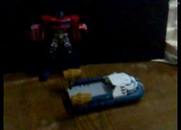 Transformers News: Video Review of Voyager Sea Spray