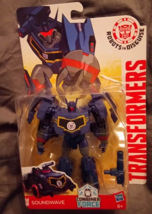 Transformers News: Robots in Disguise Wave 10 Featuring Soundwave and Blurr Found in the UK