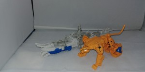 Video Review of Spark Armour Cheetor from Transformers Cyberverse