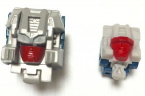 In Hand Images of Takara Transformers Legends LG30 Weirdwolf and Comparison to G1 Toy