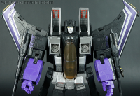 Transformers News: New Masterpiece Gallery: Universe Skywarp from Hasbro