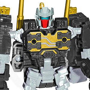 Transformers News: Q&A with Transformers Collectors' Club: New Subscription 2.0 Reveals Next Week, BotCon 2014, Head Molds, Packaging issues and more!