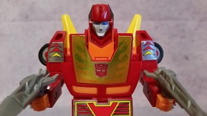 Transformers News: Video Review of Walmart Exclusive G1 Autobot Hot Rod Reissue