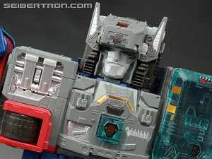 Transformers News: San Diego Comic Con 2016 Exclusive Fortress Maximus Secret Sound Found