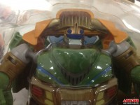 "Transformers News: In-Package Images: Transformers Prime ""Beast Hunters"" Deluxe Bulkhead"