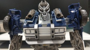 Transformers: Bumblebee Energon Igniters Nitro Series In-Hand Pictures and Demo Videos
