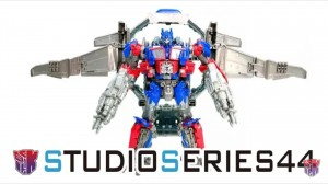 New Video Review of Transformers Studio Series Leader Class SS-44 Dark of the Moon Optimus Prime