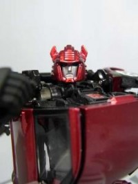 Transformers News: Toys Images of Transformers Alternity Bumblebee & Cliffjumper