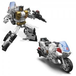 AJ's Toy Chest 5 / 26 Newsletter - Combiner Wars Groove Pre-order, Legends, Unite Warriors and More!