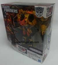 Transformers News: In-Package Images with Bio: Transformers Generations Voyager Sandstorm