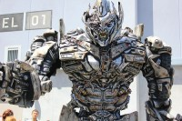 Transformers News: Universal Studios Looking for Optimus Prime and Megatron Voices
