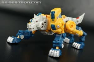 Transformers Titans Return Wave 2 Deluxe's Found at Walmart