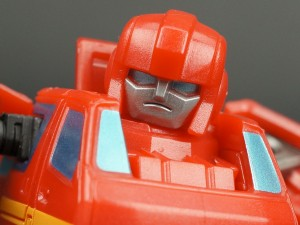 New Galleries: Q-Transformers Ultra Magnus, Arcee, Ratchet, Ironhide, Jetfire and more