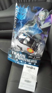 Transformers News: Transformers Prime First Edition Deluxes and Entertainment Pack Sighted at Retail