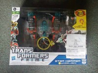 Transformers Prime Cyberverse Vehicles Wave 1 Released in the UK / Energon Driller with Knock Out Images
