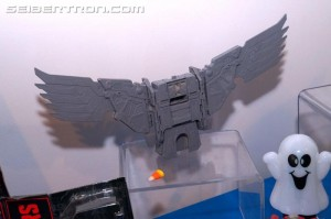 Transformers News: NYCC 2017: Gallery of Transformers Power of the Primes Predaking's Wings #NYCC17 #HasbroNYCC