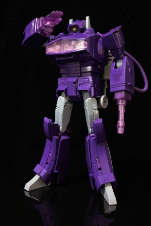 New Pictures of Takara Tomy Masterpiece Shockwave MP 29+