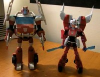 Transformers News: Video Reviews of Animated Arcee and Cybertron Mode Ratchet