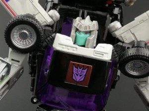 Transformers News: New Gallery: Masterpiece MP-25L Loud Pedal
