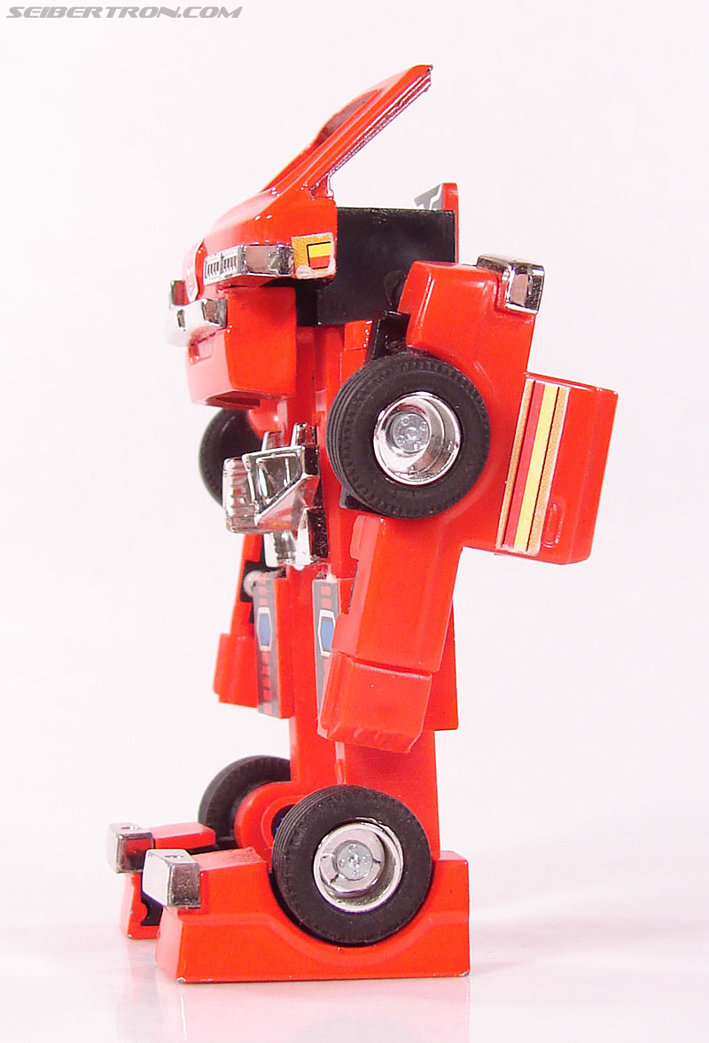 Transformers G1 1984 Ironhide (Image #39 of 116)