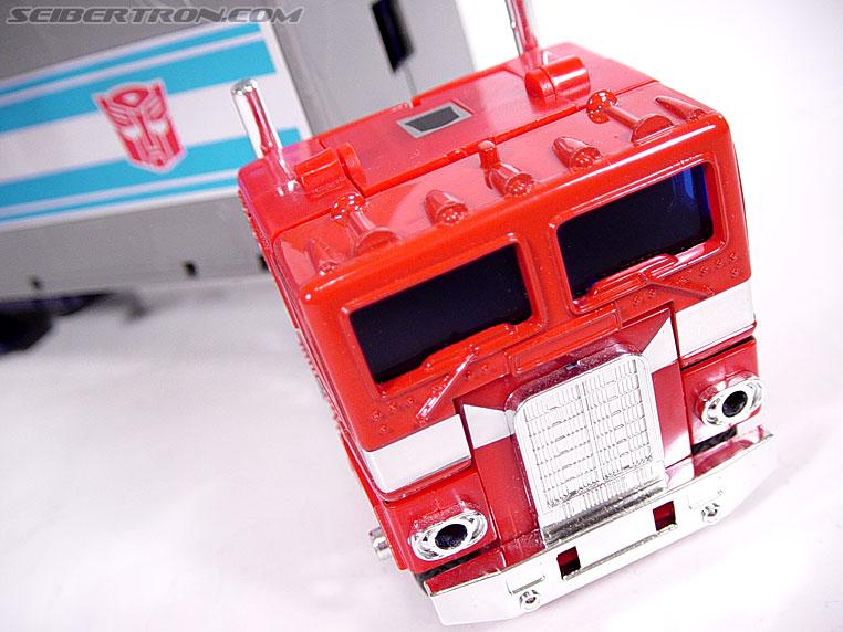 Transformers G1 1984 Optimus Prime (Convoy)  (Reissue) (Image #6 of 83)