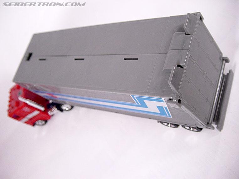Transformers G1 1984 Optimus Prime (Convoy)  (Reissue) (Image #12 of 83)