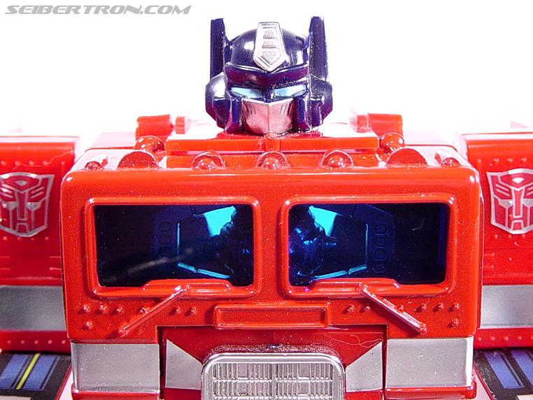 Transformers G1 1984 Optimus Prime (Convoy)  (Reissue) (Image #44 of 83)