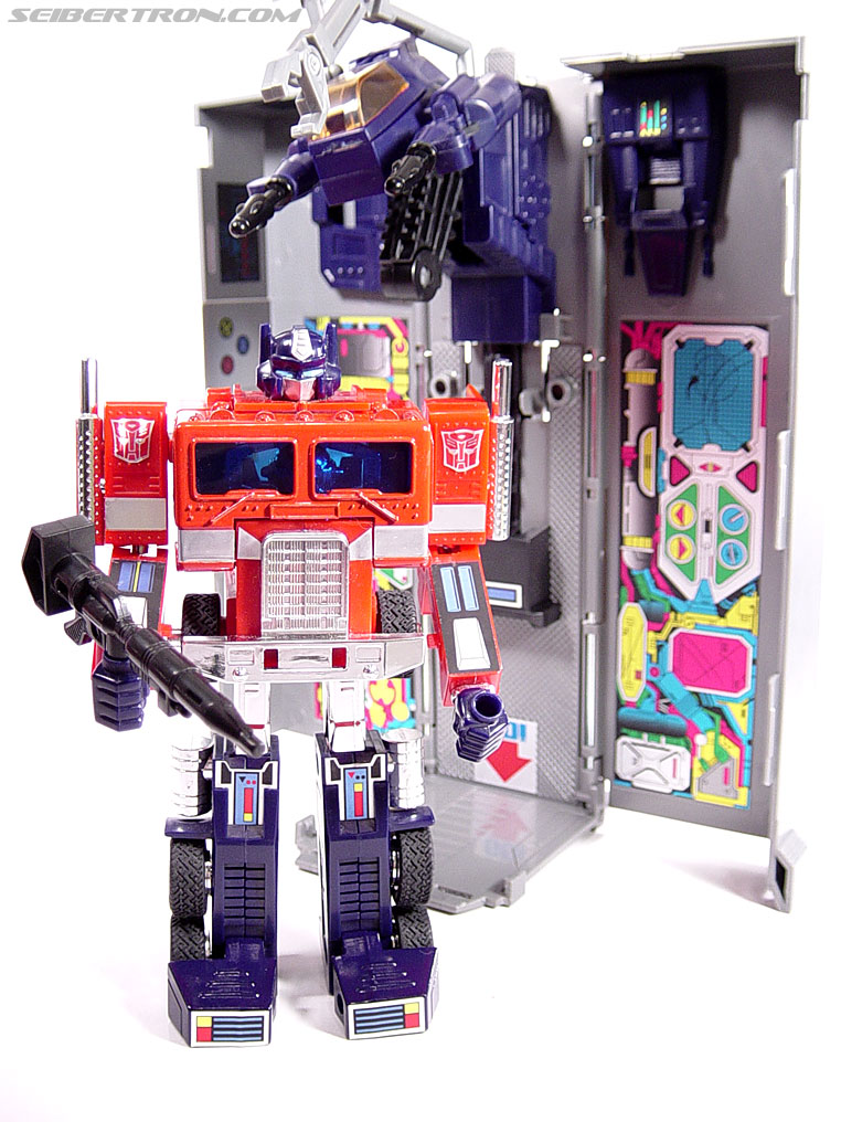Transformers G1 1984 Optimus Prime (Convoy)  (Reissue) (Image #58 of 83)