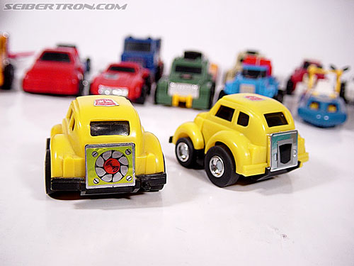 Transformers G1 1984 Bumblebee (Bumble)  (Reissue) (Image #2 of 24)
