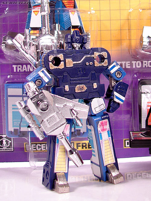 transformers g1 1984 frenzy rumble toy gallery image